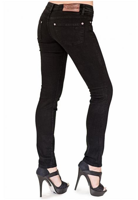 Bullet Blues chic parisien #blackJeans #madeinUSA
