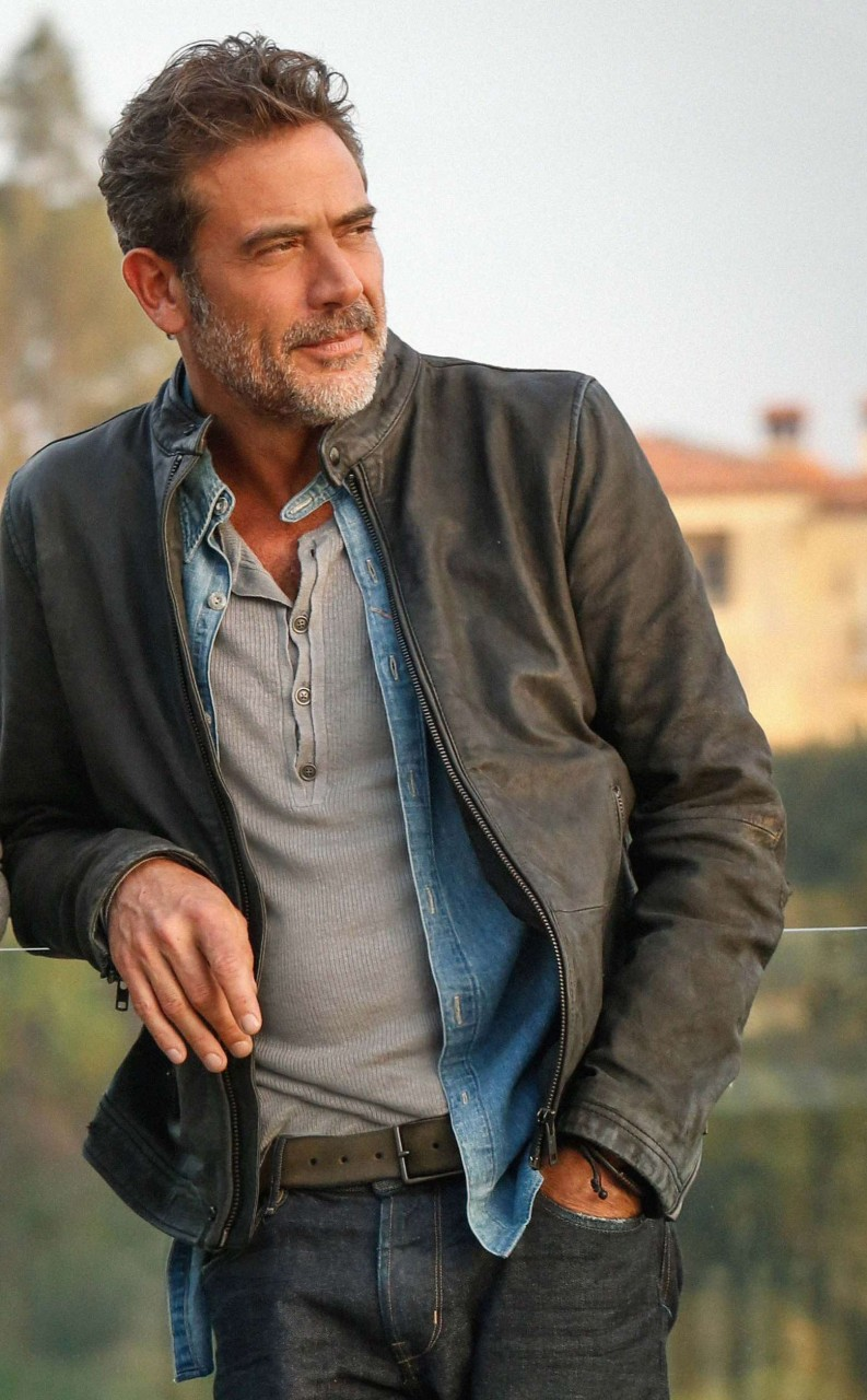 Jeffrey Dean Morgan Smart Casual Style - Bullet Blues' blog