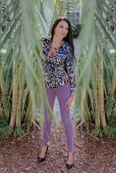 Rock Colorful Spring Style with Purple Skinny Jeans a la Bullet Blues