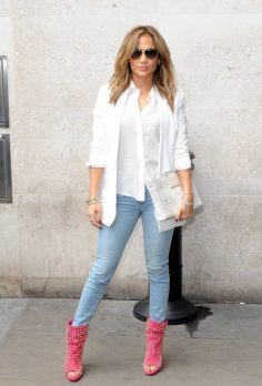 Bullet Blues Celeb Style Radar: JLO Does American-Made Jeans